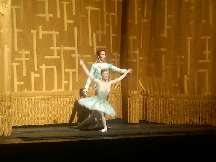 Alina Cojocaru And Johan Kobb Guest Star Abt Sleeping Beauty